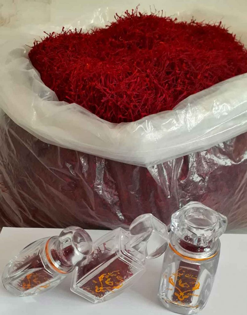 Bulk and packaged saffron